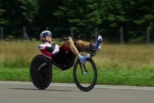 Stijn van de Maele tweede op M5 CHR tijdens wereldkampioenschappen ligfietsen Frankrijk